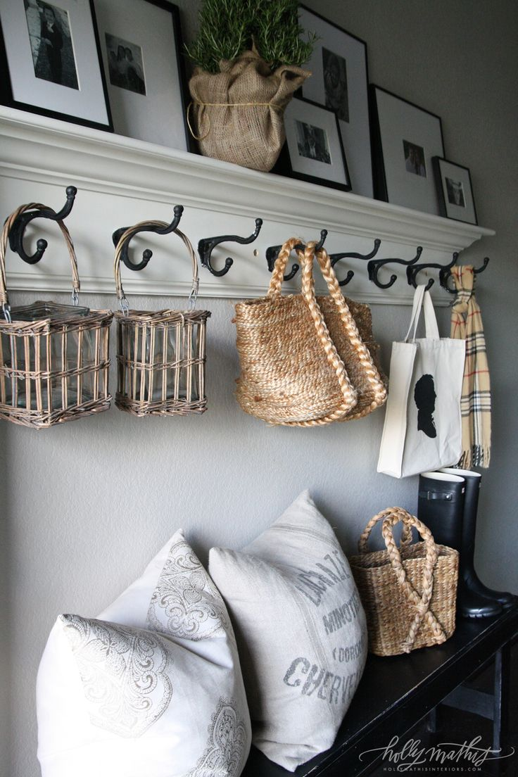 Hallway Shelf/Rack - would be perfect downstairs.