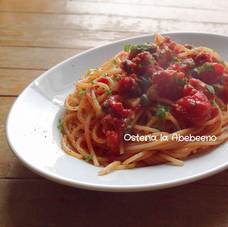 Spaghetti alla Marinara ナポリの漁師のスパゲッティ マリナーラ - Osteria Abebeeno