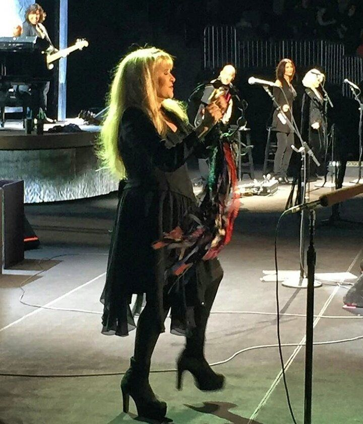 Stevie   ~ ☆♥❤♥☆ ~      and her crew onstage performing in the Phillips Arena, Atlanta, GA on November 6th, 2016; love how Sharon Celani and Marilyn Martin are featured here as well during Stevie's '24 Karat Gold' Tour, 2016  ~  https://www.stevienicksofficial.com/news/stevie-nicks-announces-27-city-north-american-24-karat-gold-tour-with-pretenders