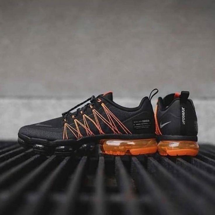 IDR 500,000 Nike Air Vapormax Utility Black Orange Gray