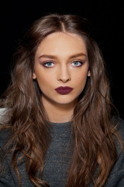 smudgey eyes, Bordeaux lips..vampy evening makeup look for fall