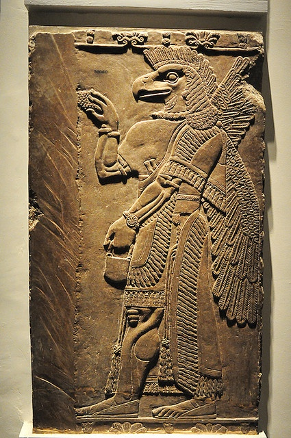 The #Anunnaki Eaglemen, elite guard of the Mother #Goddess - #Ninhursag.  The pouch carried has different interpretations but one is that it was the 'oracular device' used for stellar communicates. http://inthebeginningthebook.com