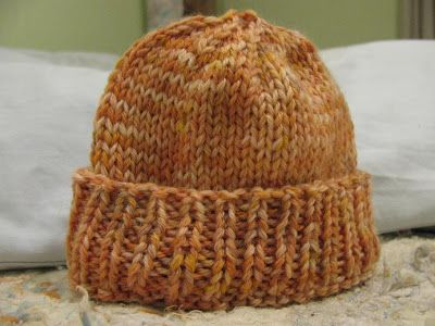 knitarielknit: Free Pattern: Early Bird Preemie Hat