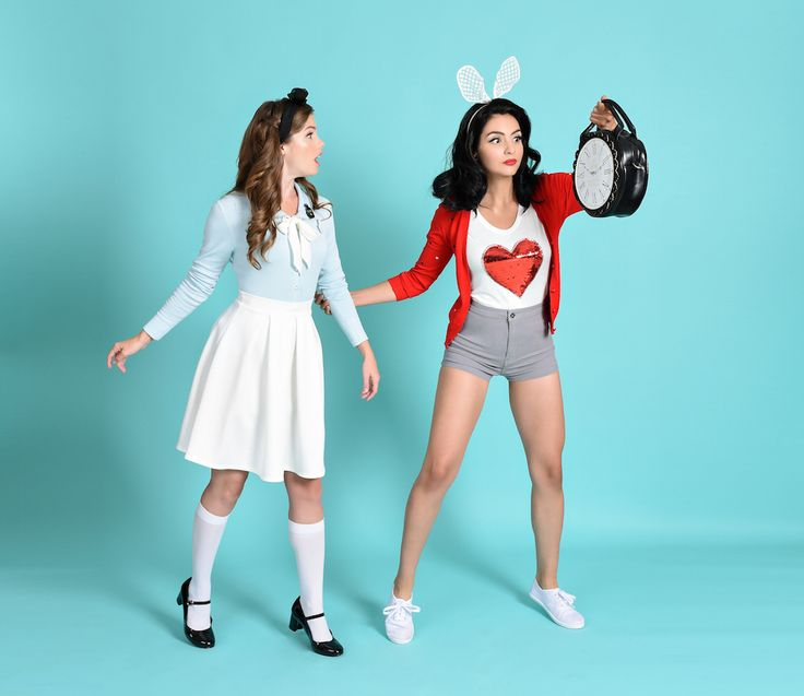 This online store is a DisneyBounder's dream come true | Unique Vintage | Alice in Wonderland + White Rabbit fashion | [ https://style.disney.com/shopping/2016/07/15/unique-vintage-disneybound/ ]