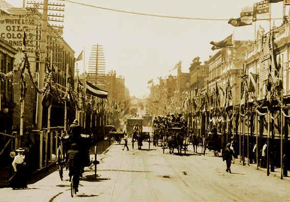 Oxford Street Sydney decorated in preparation for the Federation celebrations on 1 January 1901.