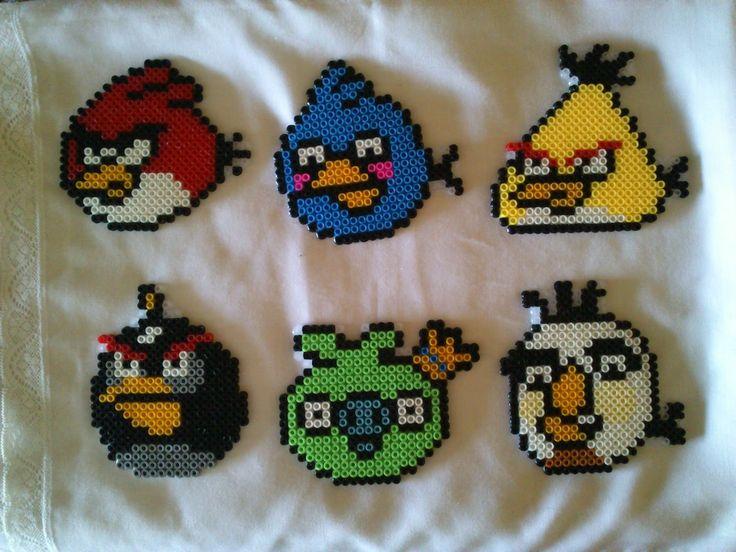 Angy Birds hama beads by vanesuki2010 - pelillosuki