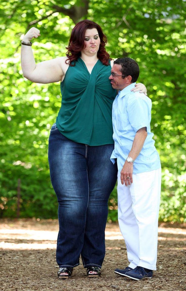 Парень любит толстушек фото женской трахает