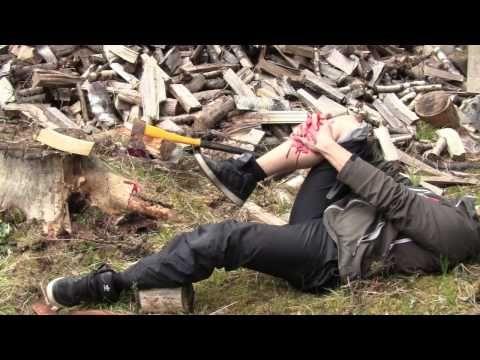 Paineside - Kirves jalkaan - Ensiapu - YouTube