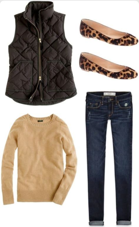 Camel, leopard and black is always a classic combination. Throw on some jeans for a casual Friday look or for lunch with friends!