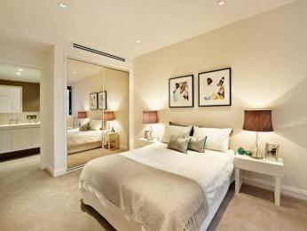 classic bedroom design idea with carpet built in wardrobe using cream colours bedroom. beautiful ideas. Home Design Ideas
