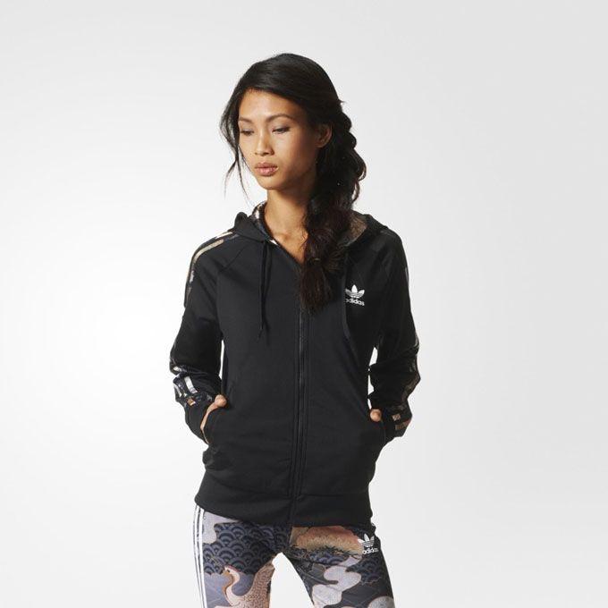 Рита Ора в рекламе adidas Originals (Интернет-журнал ETODAY)