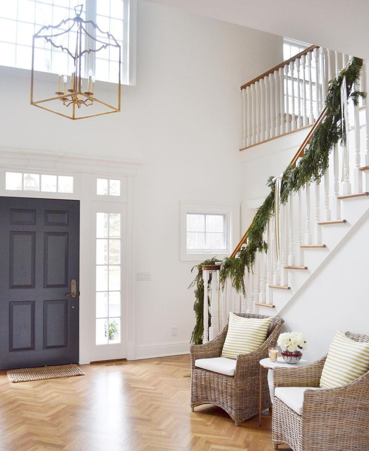 Elegant And Neutral Christmas Foyer: 17+ Best Ideas About Two Story Foyer On Pinterest