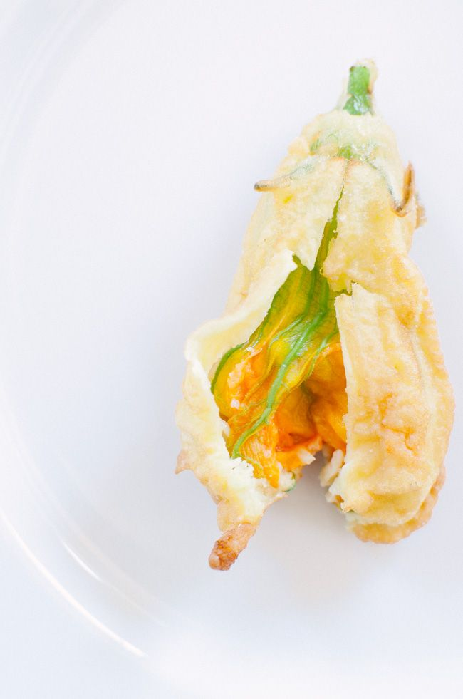 These crispy fried zucchini blossoms are an utterly addictive appetizer | veryEATalian