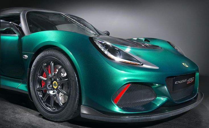 <p>   Sitting on staggered-sized 17- and 18-inch lightweight alloy wheels wrapped in Michelin Pilot Sport Cup 2 tires, the Exige Cup 430 features new three-way adjustable dampers and adjustable front and rear anti-roll bars as standard.</p>