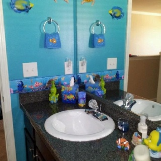 17 best images about finding nemo bathroom on pinterest ebay hello kitty and signs. Black Bedroom Furniture Sets. Home Design Ideas