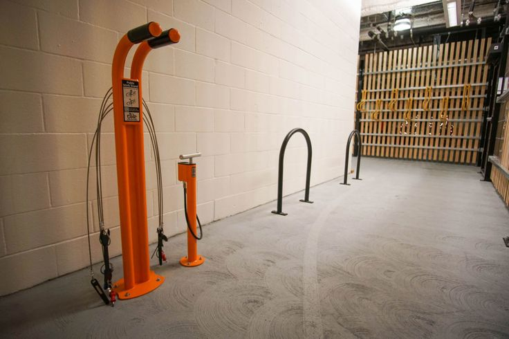 555 Mission Street - The coolest new bike room in San Francisco #UnioninvestmentrealestateGmbH #makecyclingeasy #cycling #endoftrip