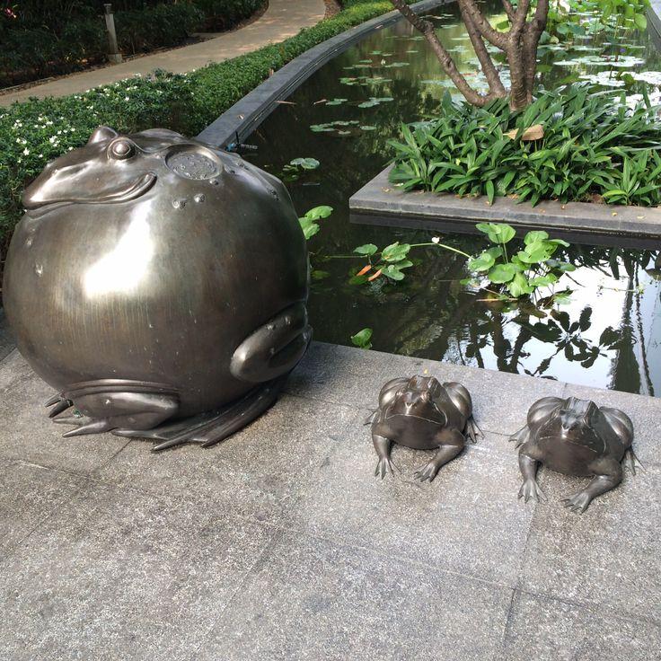 Frogs, Chatrium Riverside hotel, Bangkok