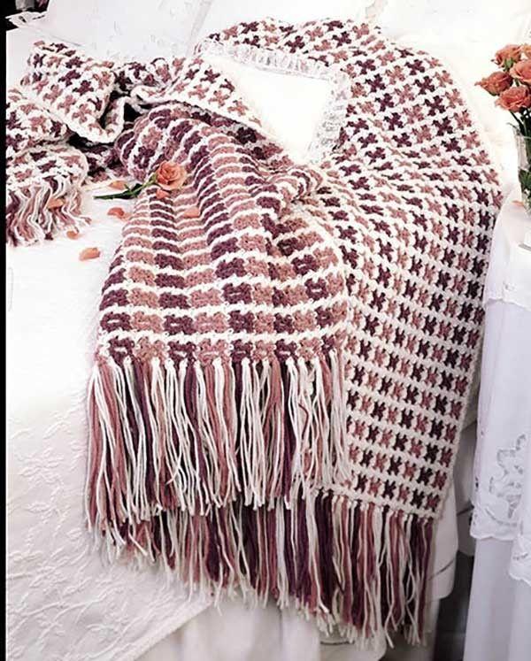 Crochet Afghan Pattern Variegated Yarn : 17 Best images about Variegated Yarn Patterns to Crochet ...