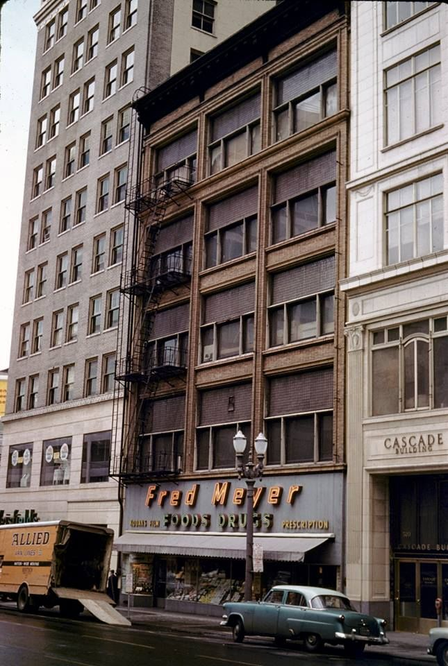 Fred Meyer's original store in downtown Portland.