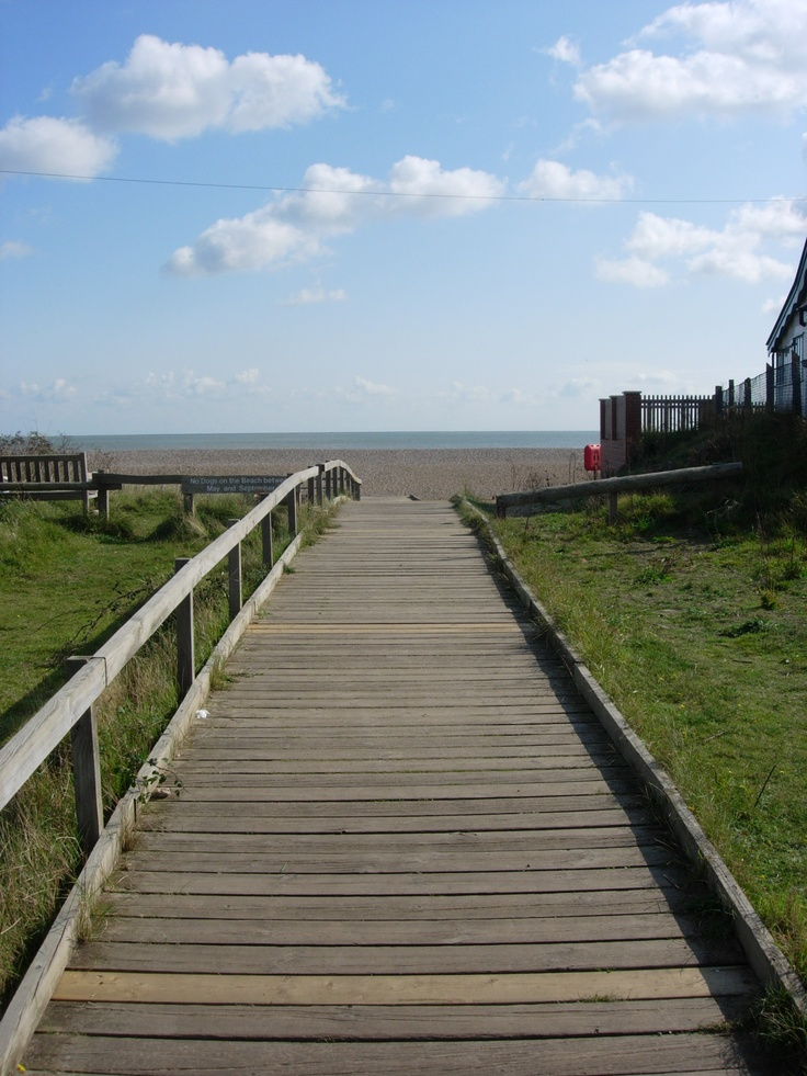 This is the boardwalk 100 yards from Coxswain's Cottage that leads down to Thorpeness Beach