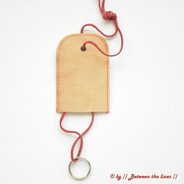 Leather key chain holder :: tutorial by // Between the Lines //, via Flickr