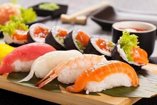 Réaliser des sushis maison