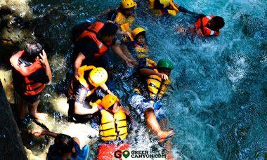 Body Rafting adalah aktivitas alam menyusuri jeram dan riam di sungai. Jika Rafting adalah arung jeram dengan menggunakan perahu dan dayung sebagai peralatan utamanya, untuk Body Rafting kita hanya menggunakan badan/tubuh kita sebagai perahu sekaligus dayungnya. Perlengkapan utamanya hanyalah pelindung kepala (helm), kaki (decker) dan pelampung (life jacket) untuk perlindungan terhadap benturan.