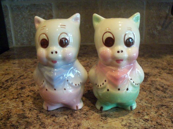 Vintage American Bisque Colorful Porky Pig Salt and Pepper Range Shakers
