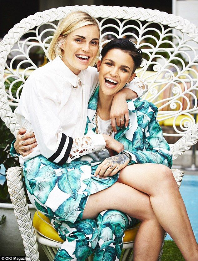 Rose and Dahl posed in matching Cameo The Label outfits in the latest issue of OK! Magazine