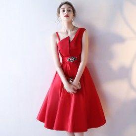 robes pas cher en ligne pour soirée mi longue col asymétrique satin rouge