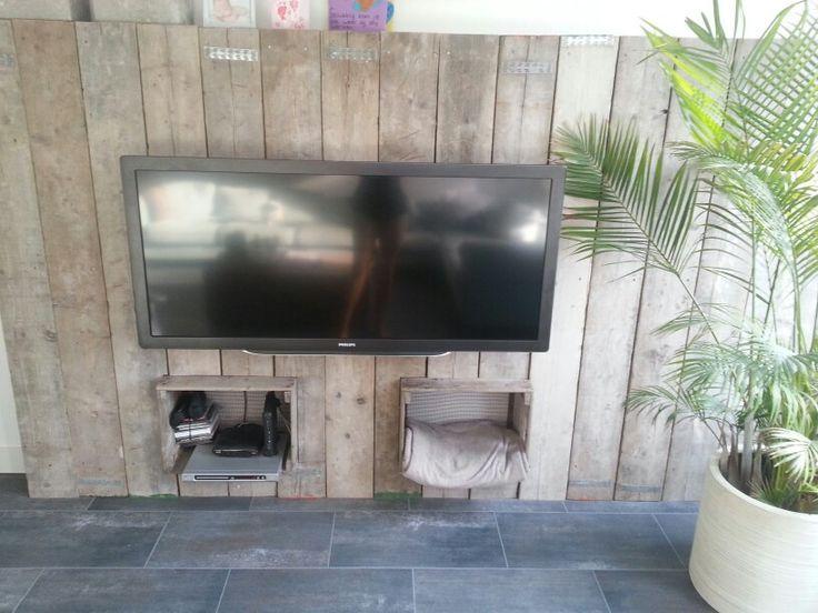 Onze tv wand #leenbakker
