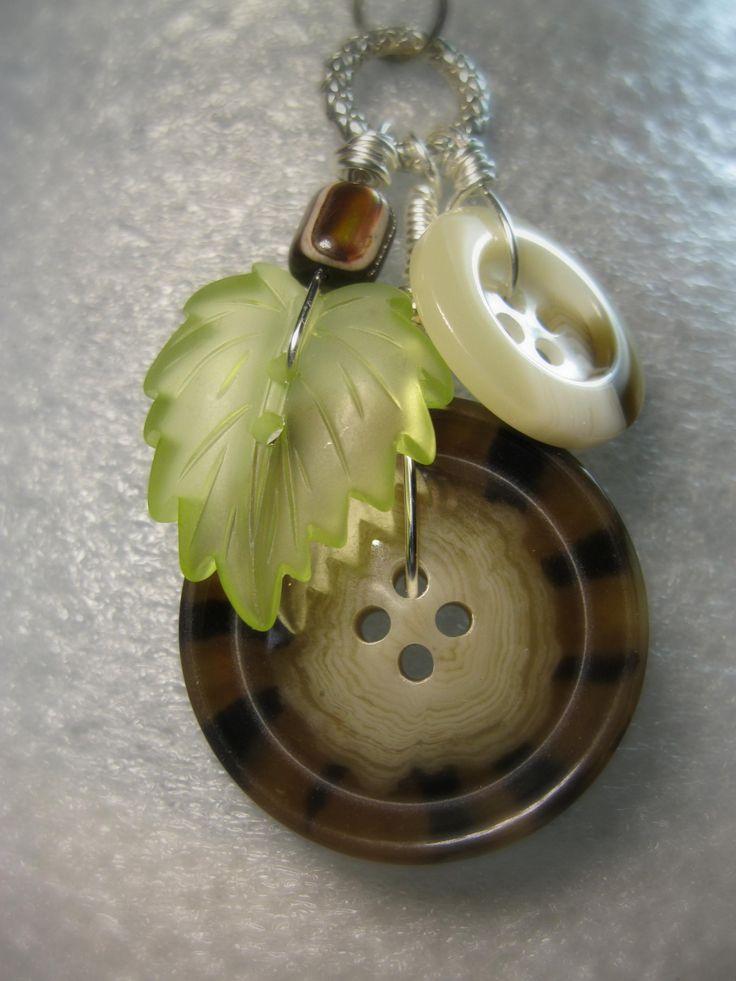 Leaf Button Necklace