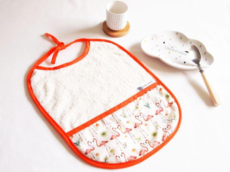 Bavoir 0 à 36 mois, flamants roses, cadeau de naissance : Mode Bébé par la-fee-curiosites