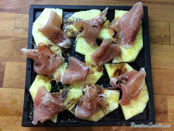 Carpaccio de piña con jamón #Recetas #RecetasFáciles #RecetasGourmet #Carpaccio #Jamón