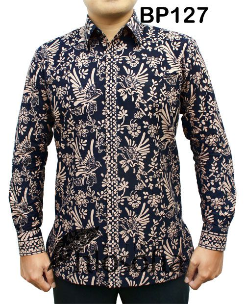 – Kode BP127 – Batik katun printing – Furing katun – Jahitan standar butik – Tersedia berbagai ukuran – Harga Rp.275.000 – Harga belum termasuk ongkir – Pemesanan Pin BB : 5135017A #batikfilosofia #kemejabatik #kemejabatikpria #kemejapria #batik #kemejabatikwanita #batikkantor #batikpejabat #batikpekalongan #batiksolo #batikyogyakarta #batikindonesia #mensfashion #fashion