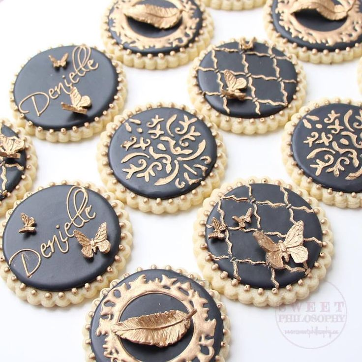 Cute Henna Wallpapers Chic Gold And Black Sugar Cookies For A 30th Birthday