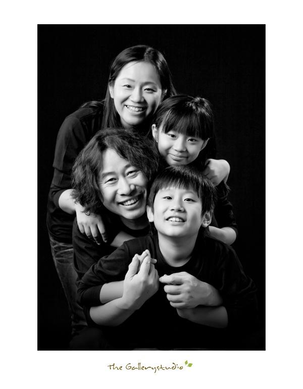 더갤러리  가족사진