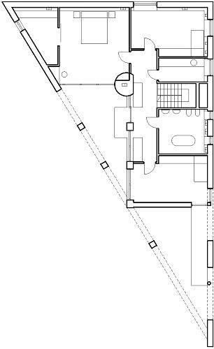Triangle House By Kwk Promes L2 Plan Triangle House