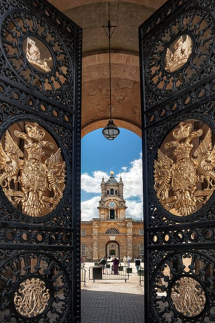 Looking in through the East Gate at Blenheim Palace.
