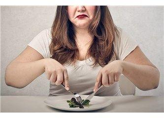 """Yanlış Diyet Efsaneleri Sitemize """"Yanlış Diyet Efsaneleri"""" konusu eklenmiştir. Detaylar için ziyaret ediniz. http://www.kadinmodamagazin.com/yanlis-diyet-efsaneleri/"""