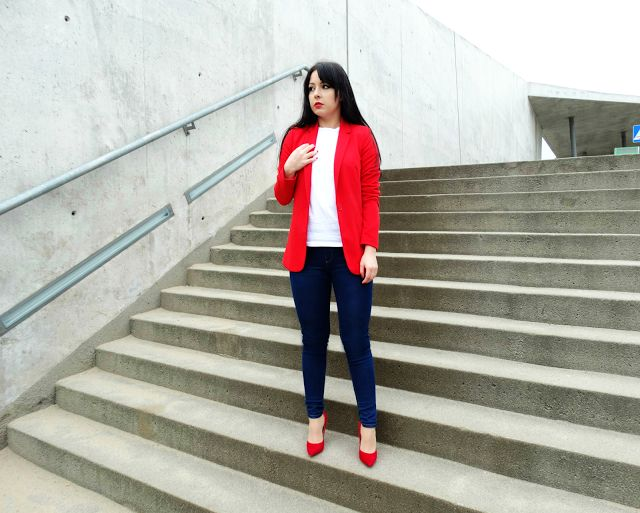 RED BLAZER OUTFIT RED HEELS