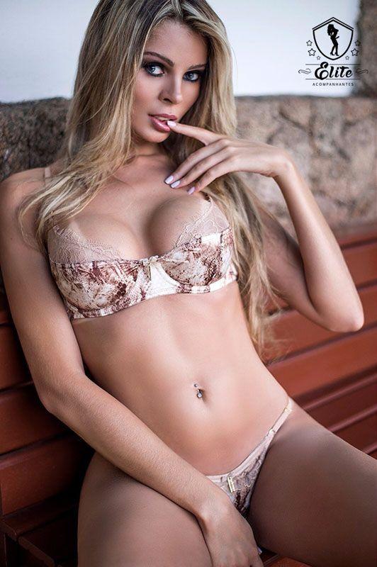 escort isabella b nude
