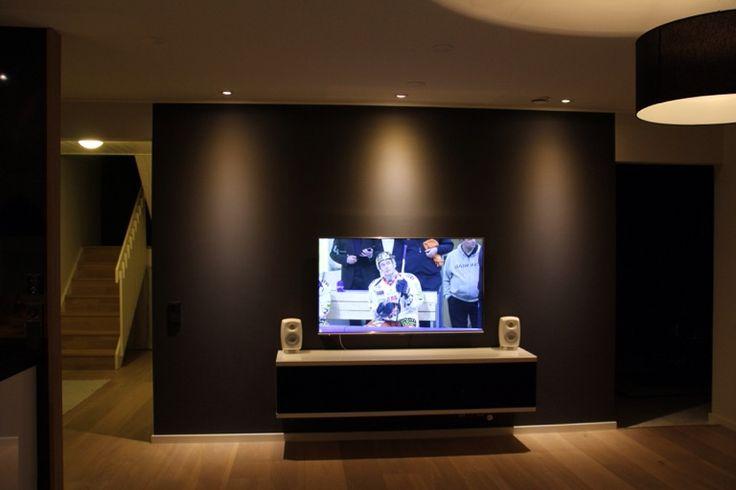 Livingroom tv wall