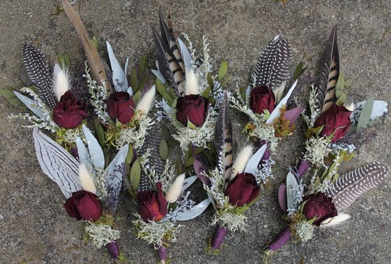custom boutonniere feather boutonniere dried flower by Westerwisp