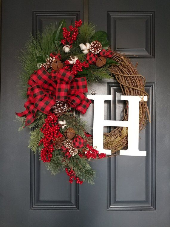 Christmas Wreath Christmas Door Decor Holiday Pinecone Berries Wreath Cottage Christmas Wr With Images Christmas Wreaths Christmas Wreaths Diy Christmas Door Decorations