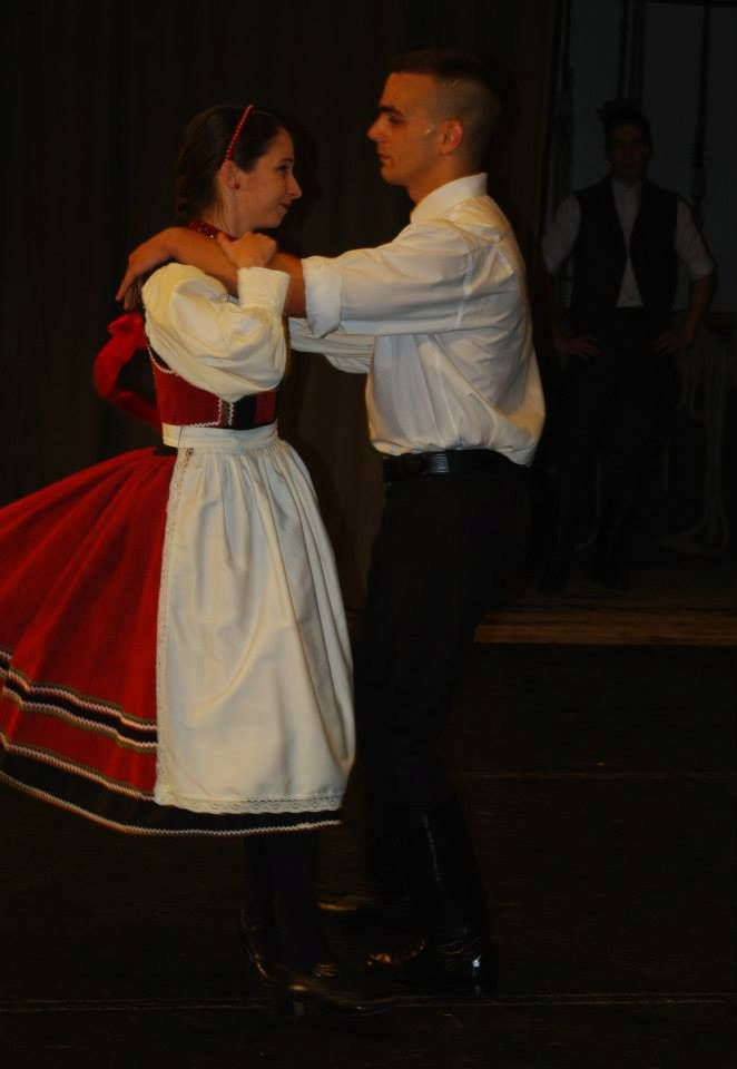 hungarian folk dance- Bonchida