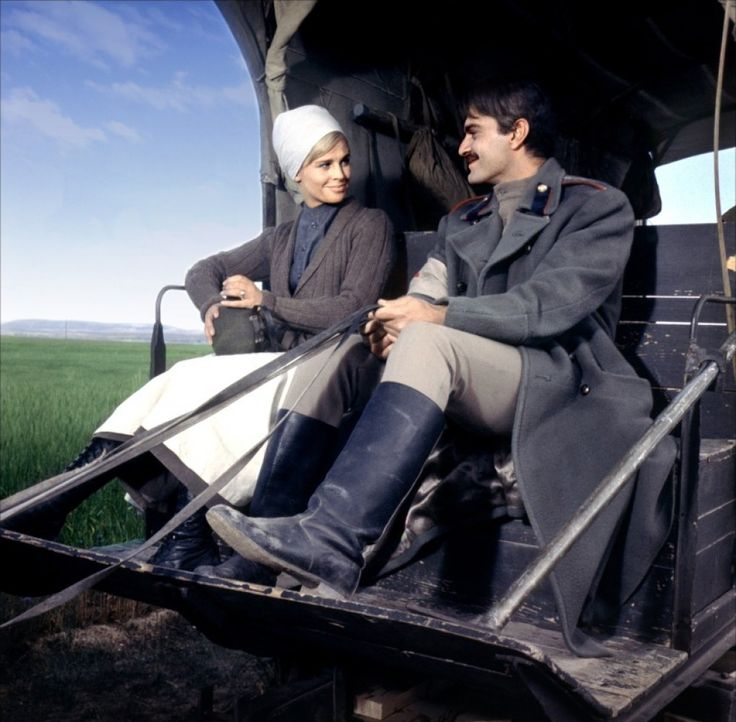 Julie Christie and Omar Sharif in Doctor Zhivago directed by David Lean, 1965