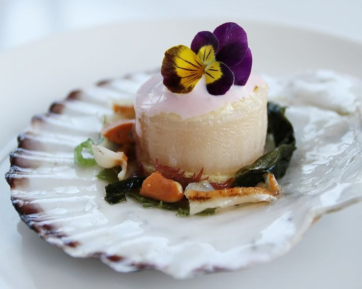 Seriously rave-worthy Great Bear Scallop dish in The RawBar!