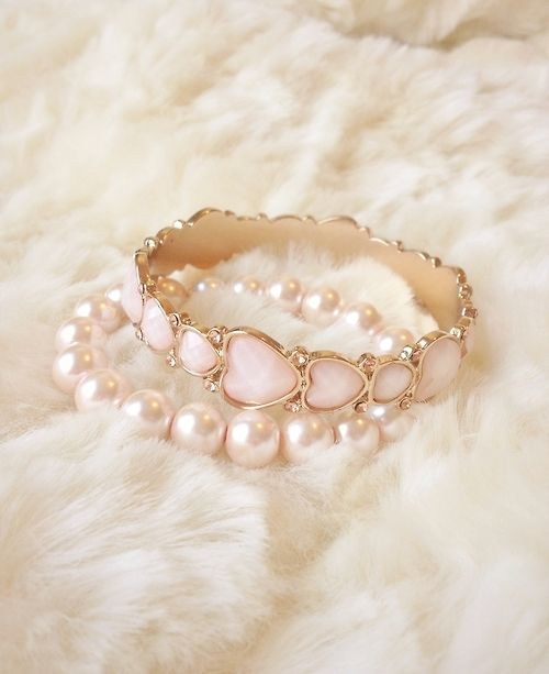 <3 What I really like about these beauties is that they slip right on. Perfect for me. My hands shake too much to deal with jewels that I have to clip, snap or what not.