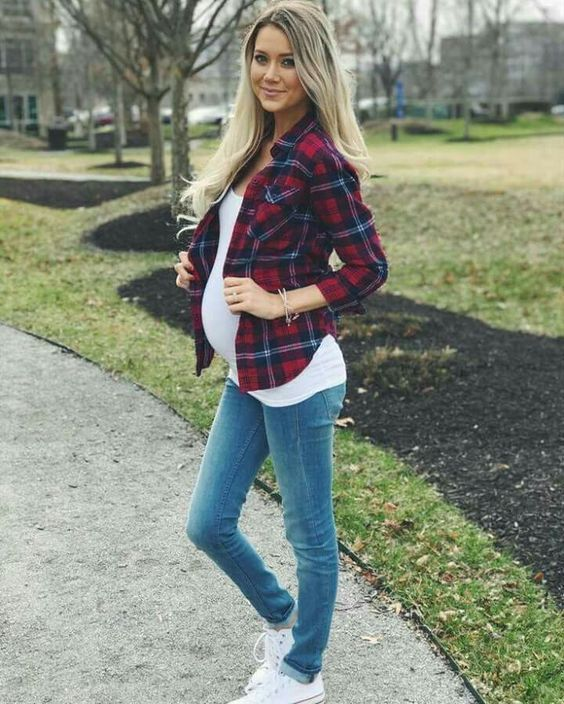 60+ Comfy Jeans Outfits For Pregnant Women Ideas 2